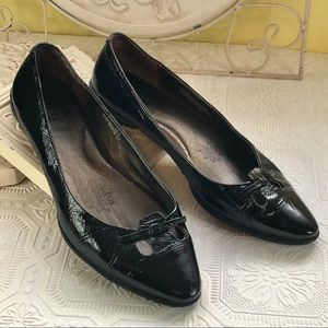 Born Black Patent Leather Pointed Toe Flats